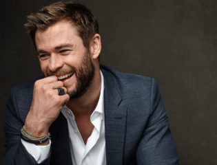 Chris Hemsworth Does Impressive Tire Flip & Chris Pratt's Not Happy